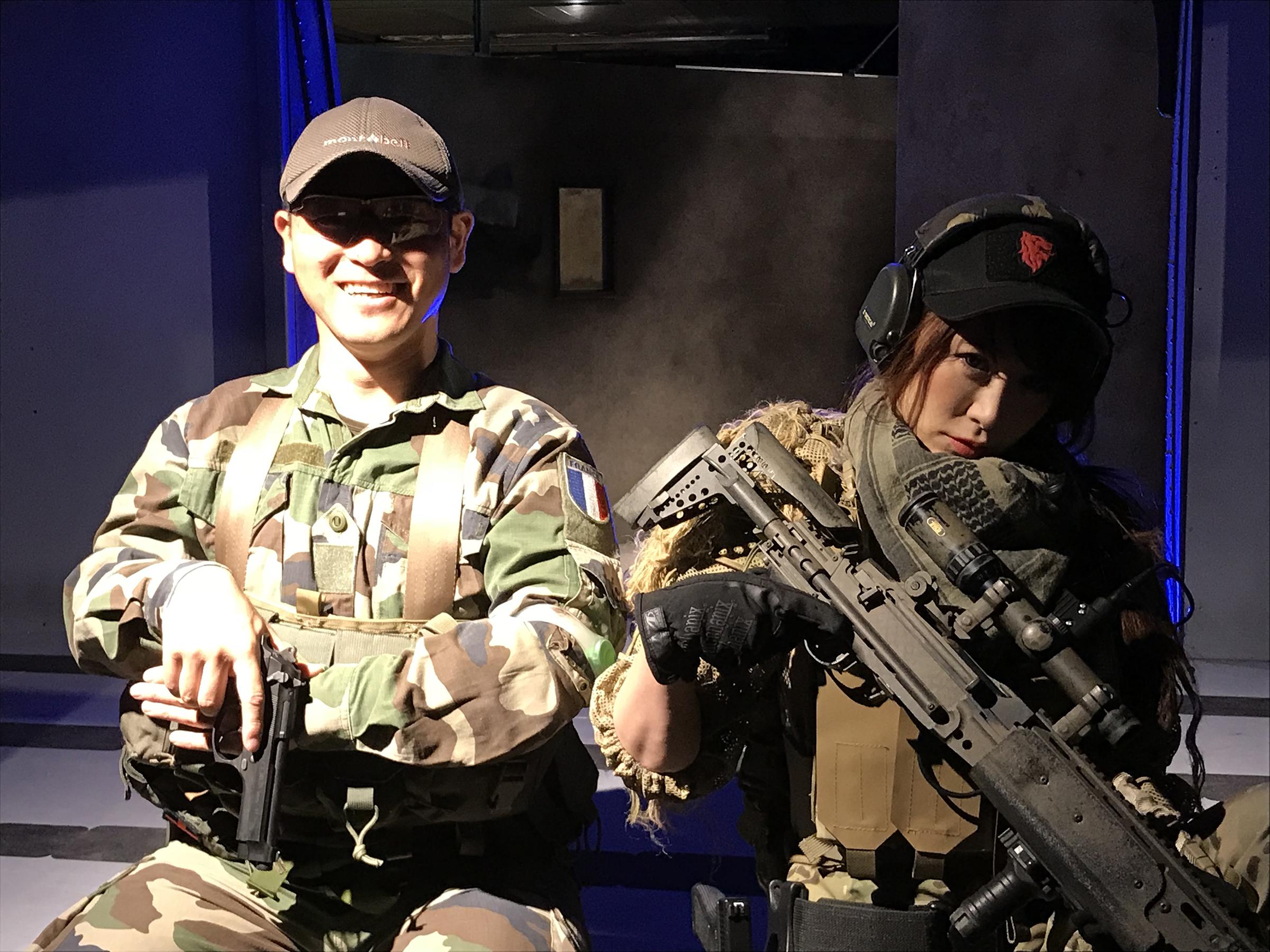元フランス外人部隊の野田力さん(画像左)、声優の戦え!!ぴっちょりーな☆さん(画像右)