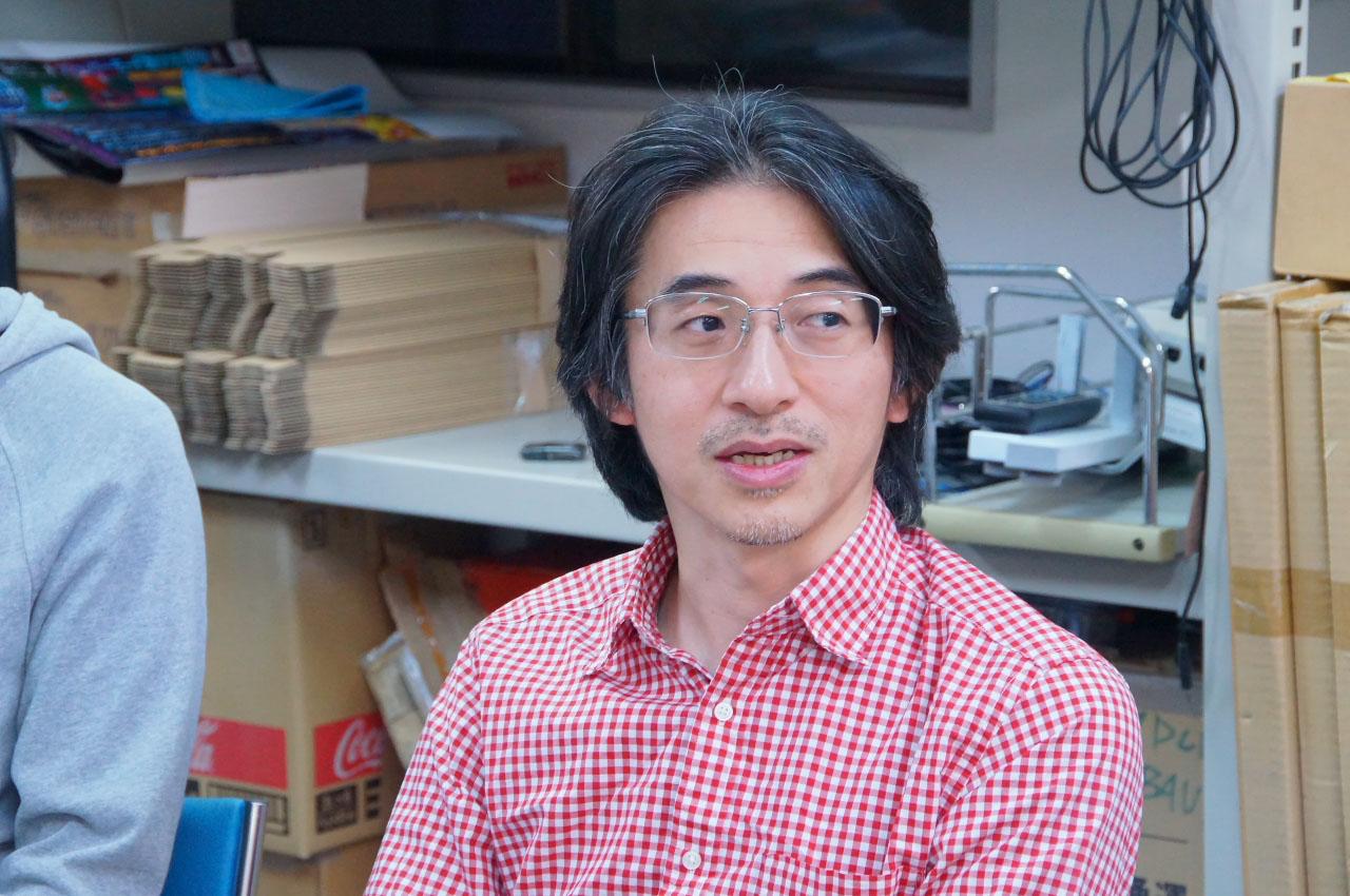 M2 Shot Triggers シリーズディレクターの長野敦也氏。原作プログラマーである外山氏の手がけたシューティング作品が大好きで、「魔法大作戦」も思い出深いタイトルだという