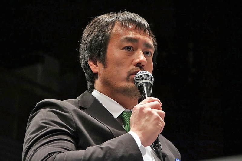 試合終わりに「たのもう!」と乱入した田口隆祐選手。「テレビ番組内で対戦させろ」と挑戦!