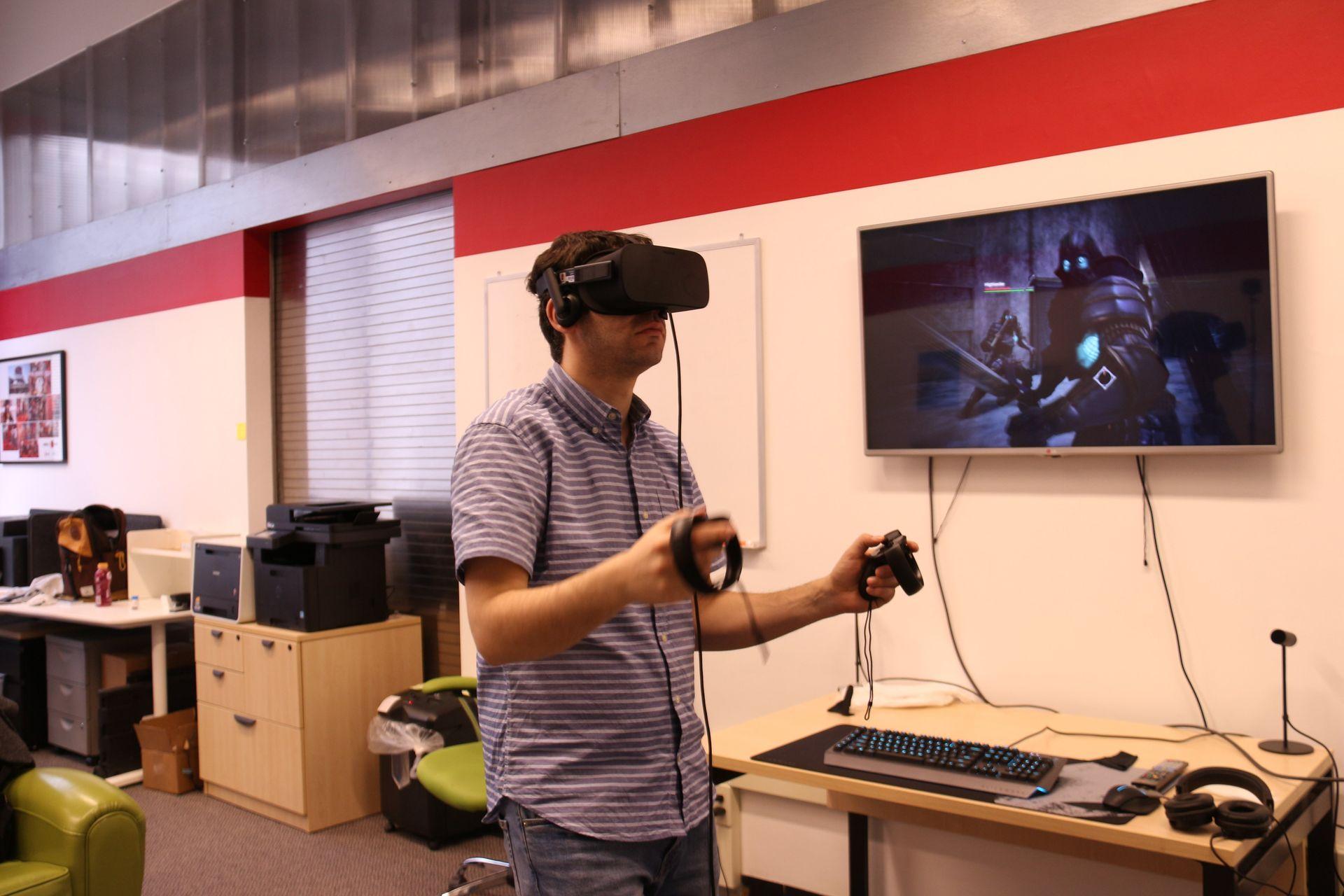 Oculus Riftで開発が進められている