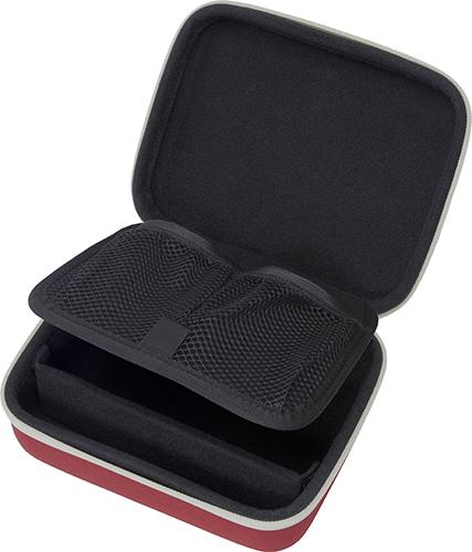 メッシュポケットが2つ付属し、USBケーブルやACアダプターなどを収納できる