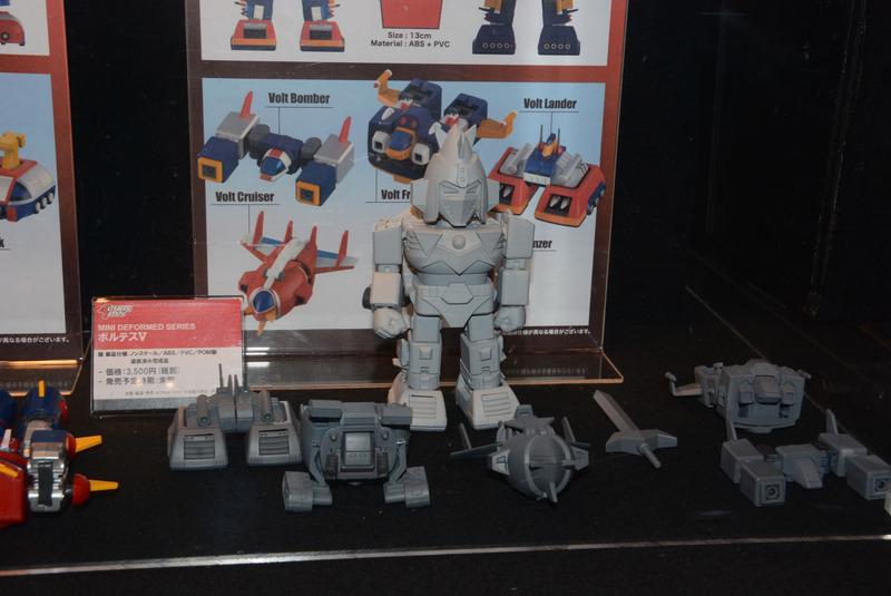 80年代ロボットをしっかりと立体化していくアートストーム