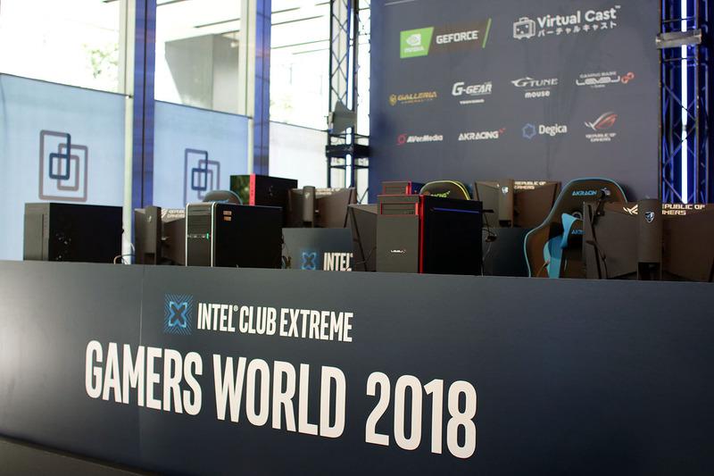 メインステージには、各ゲーミングPCメーカーの最新PCがズラリと設置されていた