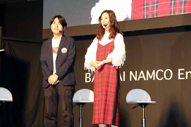プロデューサーの中島氏と、スペシャルゲストの足立さん