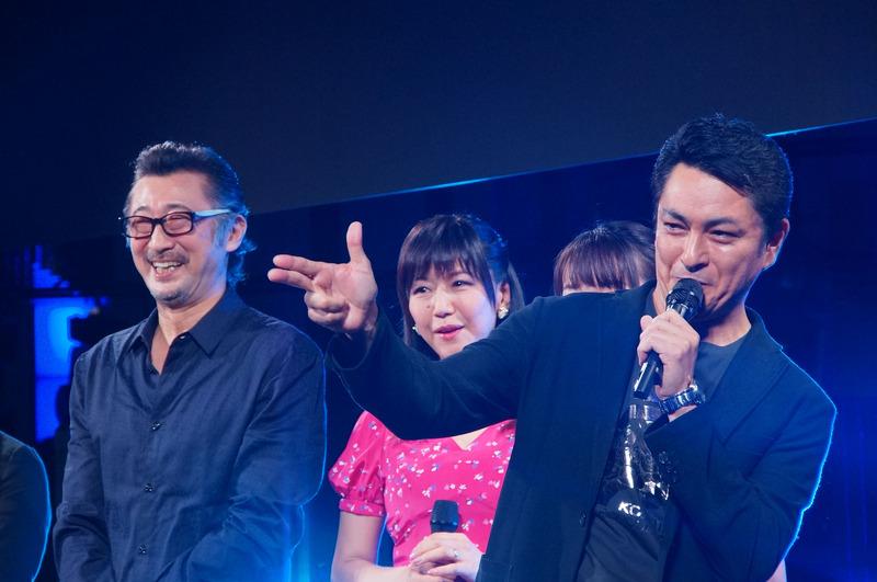 三上哲さんの「デス・ストランディング……いいセンスだ!」もビシッと決まり、会場からはまたも大歓声!