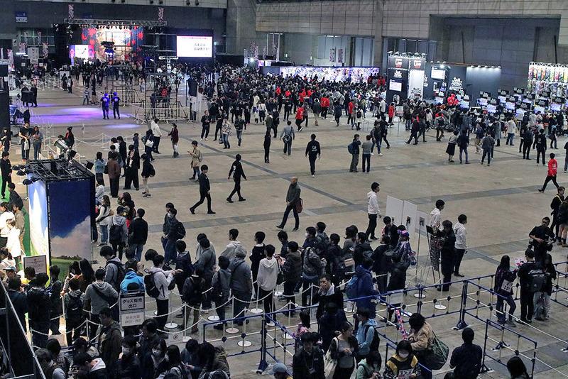 東京大会は幕張メッセ4ホールで開催されている。朝早くから多くの来場者で賑わっている