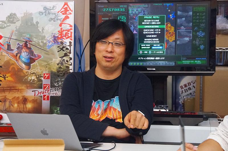 エムツー社長の堀井直樹氏。この日のTシャツはドゥーム