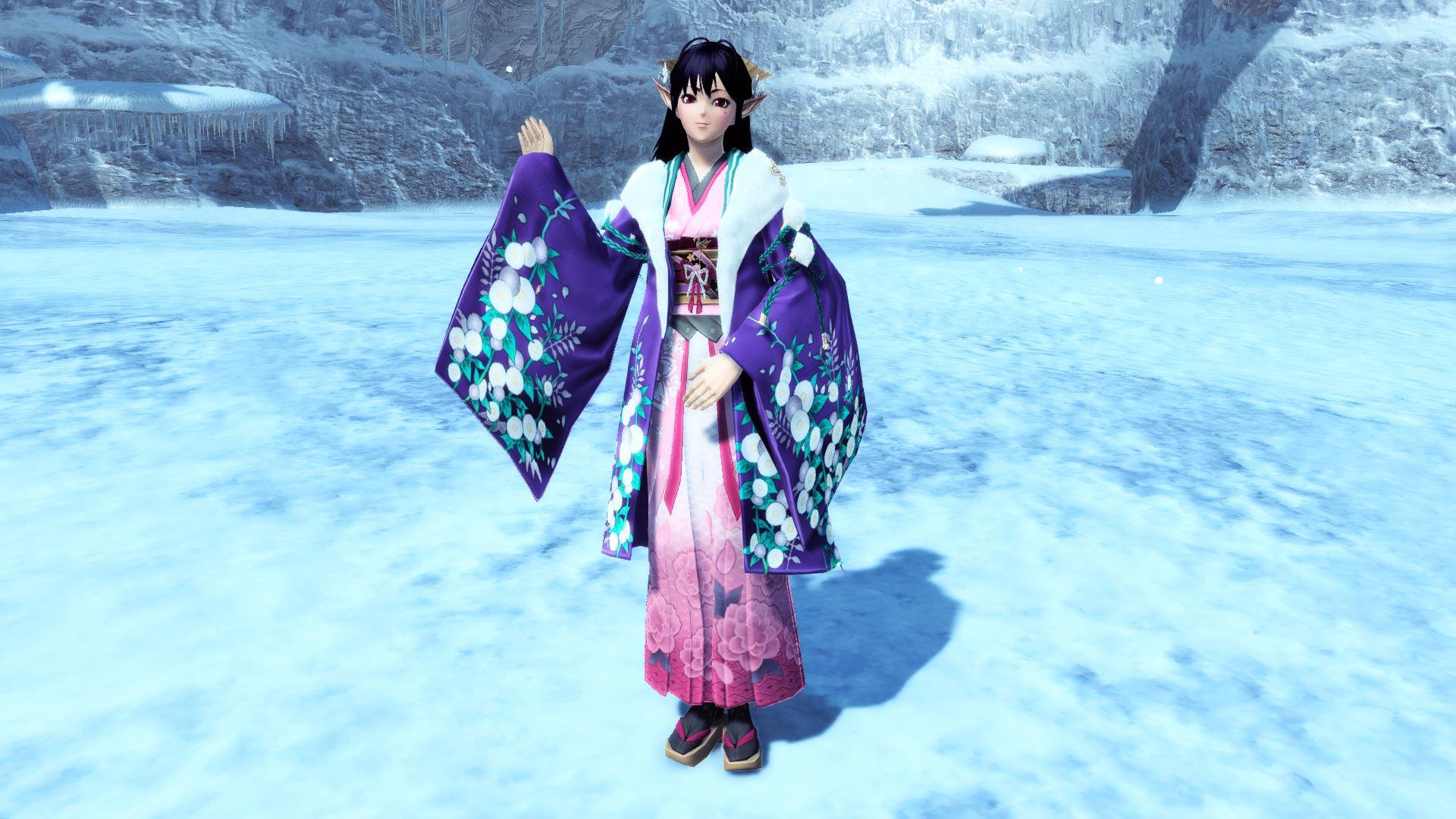 新たな年の訪れを祝い、仕立てられた雅やかな羽織。始まりを喜ぶかのように咲く花々が大変雅やかな逸品