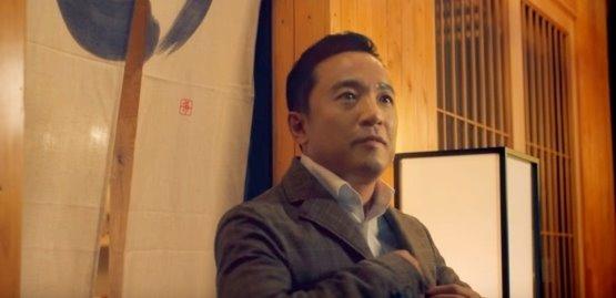 キム・テクジン氏が出演した「リネージュM」のリリース100日記念TVCM