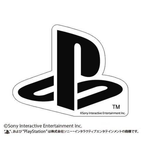 """""""PlayStation""""耐水ステッカー ブラックバージョン。サイズは9.5×12cm(縦×横)"""