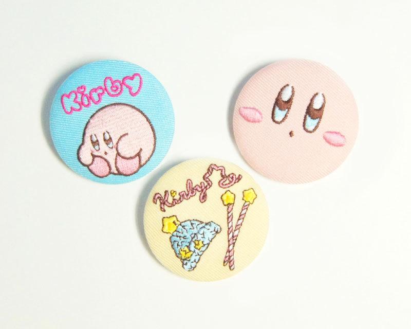 刺繍缶バッチ(カービィ/twinkle knit/カービィフェイス)/各650円(税別)