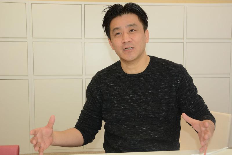 カプセルトイ業界の最先端を提示し続ける誉田氏。今後の商品も注目したい