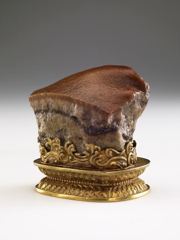 「肉形石」