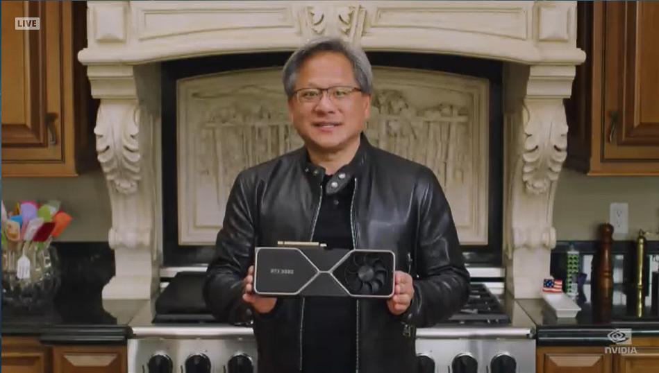 GeForce RTX 3080を手にもつNVIDIA CEO ジェンスン・フアン氏
