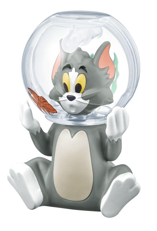 """""""ジェリーを追いかけていたら金魚鉢にはまってしまった""""というトムのおもちゃ。尻尾の横のボタンを押すとトムの顔がくるくる回る"""