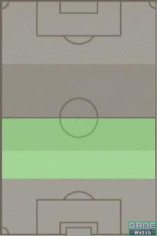 上画像左、薄緑色で示したエリアがポイント。力負けしやすい趣味チームは、このエリアでしっかり守備を行なっていくことが重要。ただし杓子定規には考えず、後述するポイントを参考に相手の攻撃布陣をしっかり抑えていく
