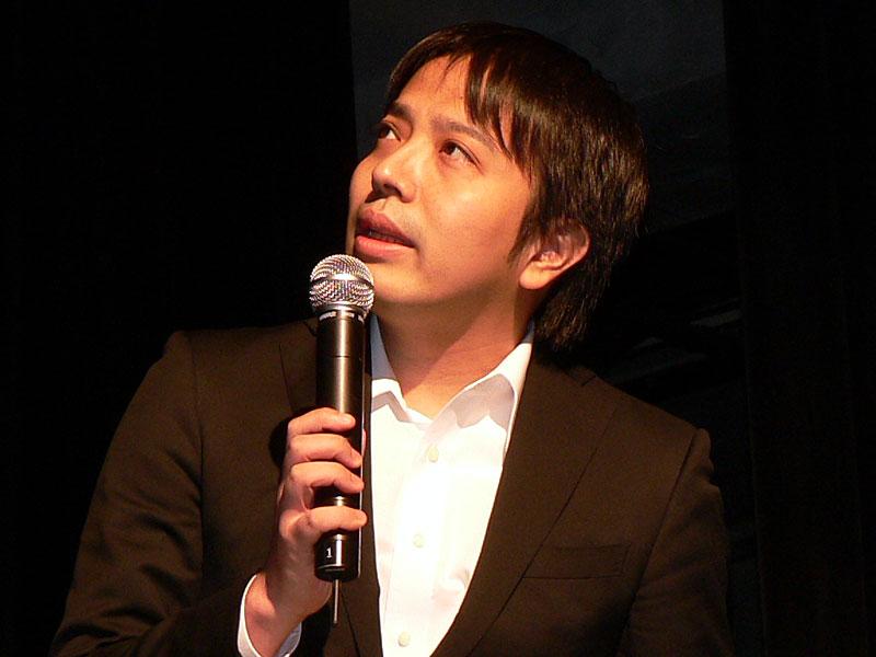 作品の各部について突っ込んだ説明を行なった「蒼空のフロンティア」チーフディレクター 栗田真樹生氏