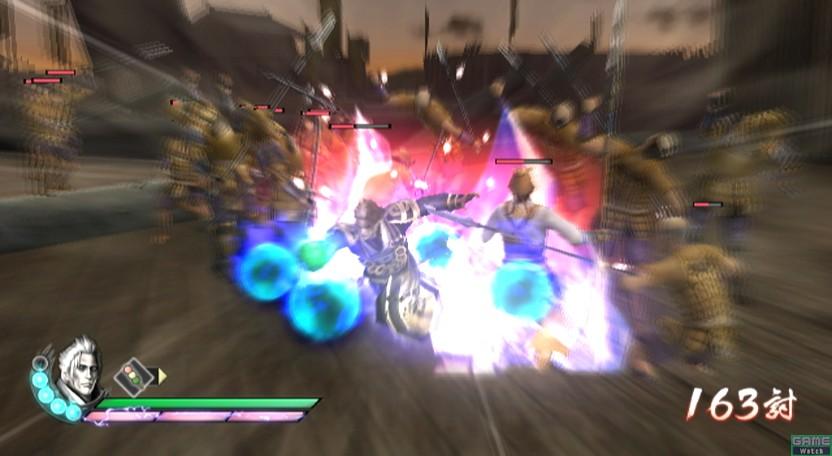 新システム「影技」は、画面左下にある青い球を消費する。通常技をキャンセルして連続攻撃が可能。再び通常技につなげられるため、ゲージ残量次第で強烈なコンボが叩き込める