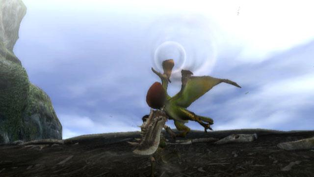 クルペッコは踊りながらさまざまな鳴き声を発する。時には声マネをして、リオレイアなど自分よりも強いモンスターを呼び寄せることもある