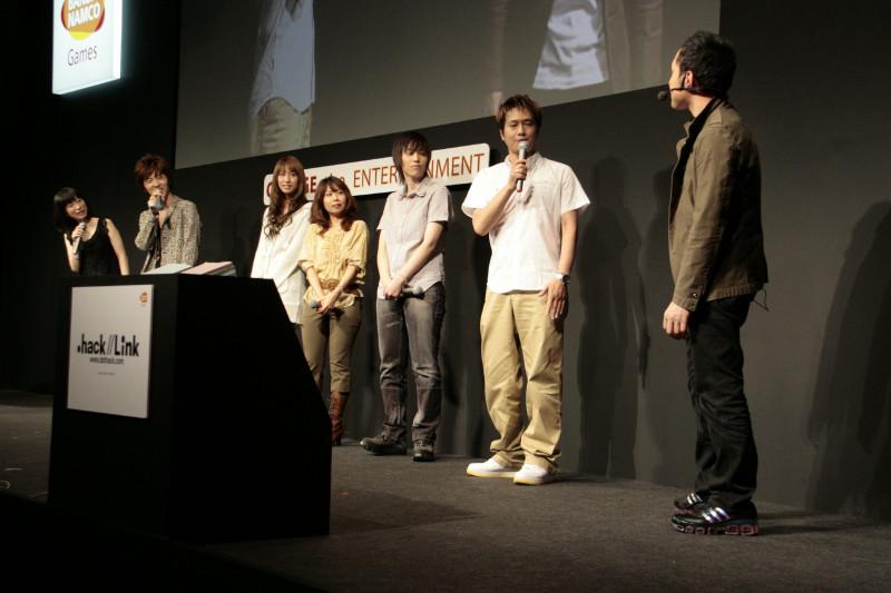 一般公開日の様子。左から、浅野さん、櫻井さん、小清水さん、斎賀さん、相田さん