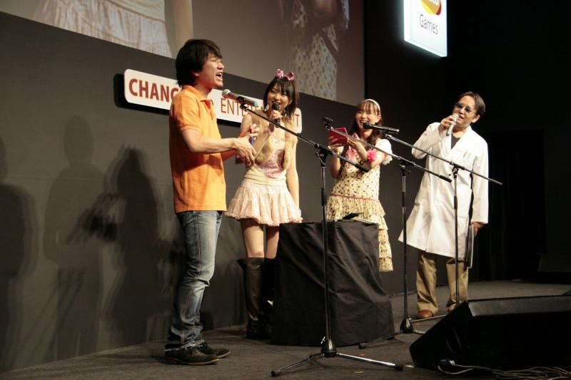 左より、坂上氏、戸松さん、今井さん、田中氏