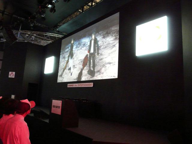 このアニメーションでは、ゲーム本編の6年前の世界を舞台に、本編の物語の発端となる出来事が約13分間に渡って展開される。富澤氏によると、このアニメは本作の公式サイトなどさまざまなところで公開するという。その際には、ディレクターカット版としてさらに完成度を高めるそうだ