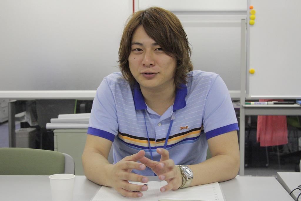 インタビューに答えてくれた「STING」運営プロデューサーの康 詩温氏。ゲームネーム「HAC」として対外活動を行なっているため、本記事でも「HAC氏」として表記する