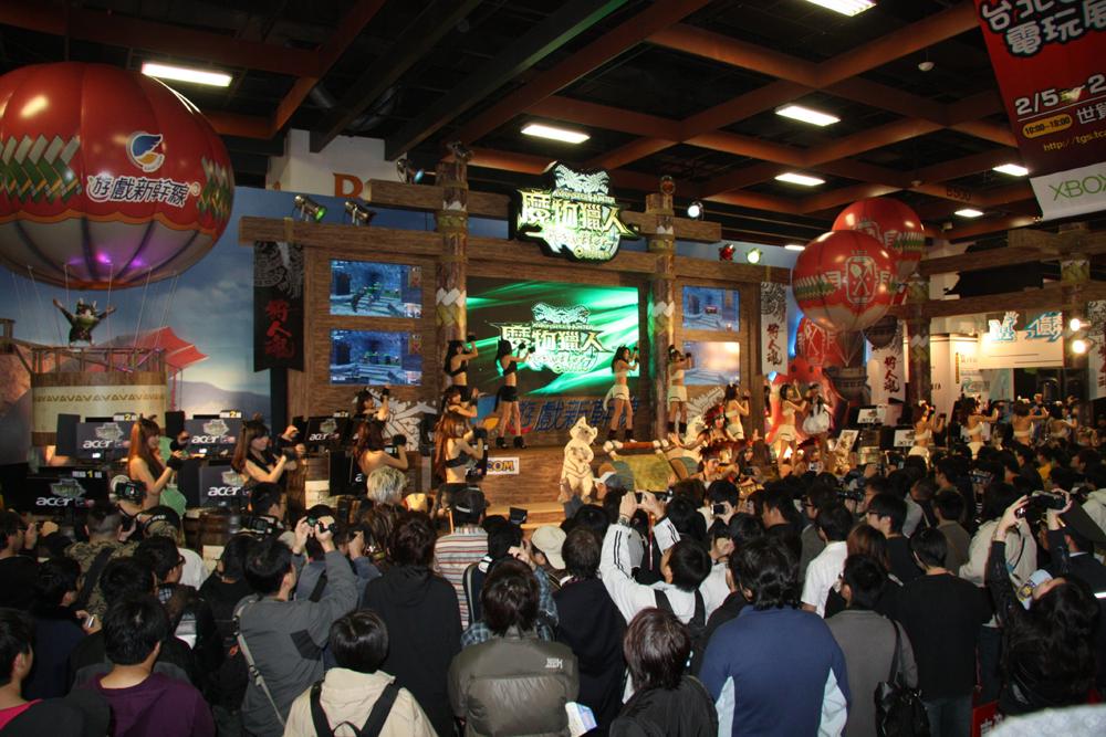 台湾でいよいよ1月19日より正式サービスがスタートした「魔物猟人(モンスターハンターフロンティアオンライン)」は、Softworldグループが運営。大きな人気を集めている