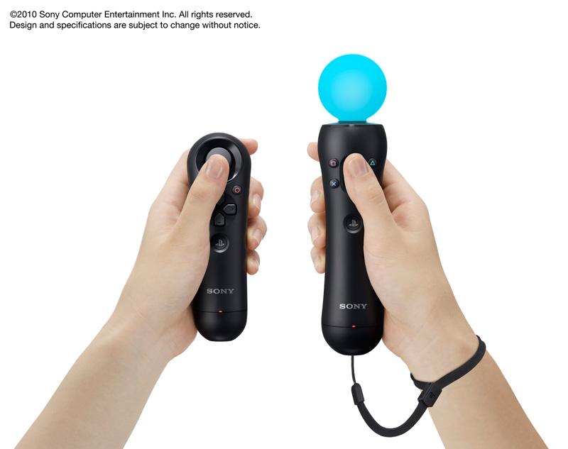 型番:CECH-ZCM1。質量:約145g。外形寸法:約200mm×46mm(高さ×直径)。リチウムイオン充電池内蔵。 <BR>表には○、×、△、□ボタンとPSボタンに加え、「PlayStation Move」ボタンのようなものがある。裏側には「T(トリガーの略?)と書かれたボタンがある。右サイドにSTARTボタン、左サイドにはSELECTボタンも見える。ストラップが付き、プレイ時には手首にストラップを回して振り回しても飛んでいかないように配慮されている。スフィアの色や発光パターンが変えられるようだ