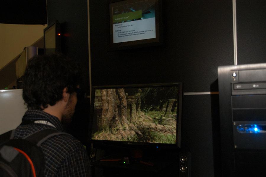 「UE3-2010」は立体視に対応。NVIDIAブースでも「UE3-2010」の立体視デモが行なわれていた