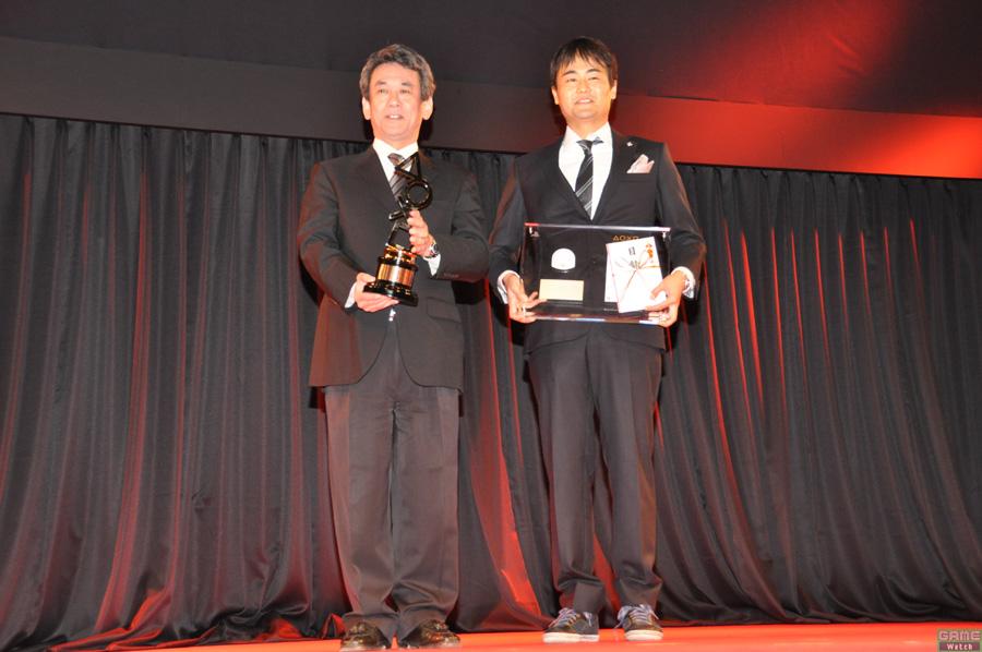 (上画像右:左より)エグゼクティブ・プロデューサーの橋本真司氏、COディレクターの安江泰氏