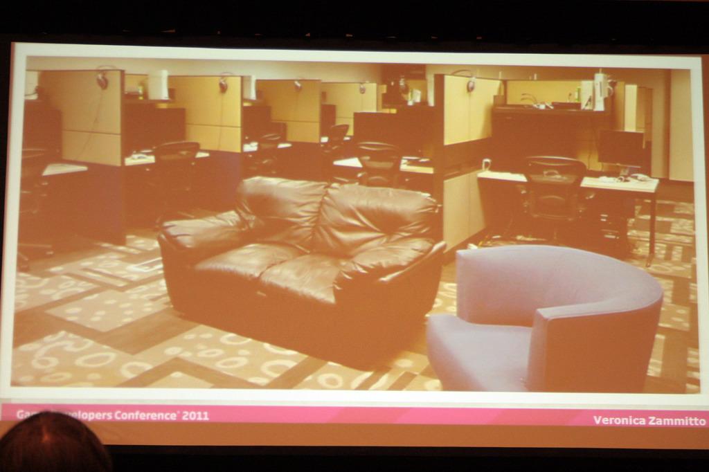 EA Vancouverのプレイテストルーム。各環境がパーティションで区切られており、居心地がよさそう