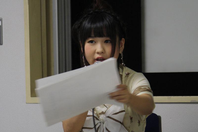 トークショーでは、大亀さんがキャラクターになりきってアテレコライブを行なった