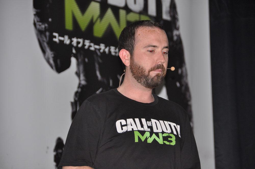 デモプレイを担当した米Activisionで本作のディレクターを務めるJames Lodato氏