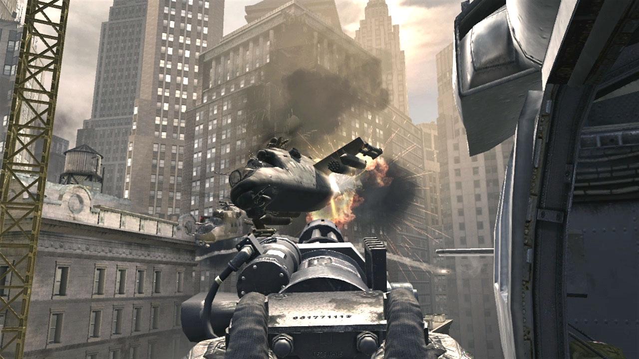 ニューヨークの街が戦場に。後半はヘリに乗ってのバトルとなる