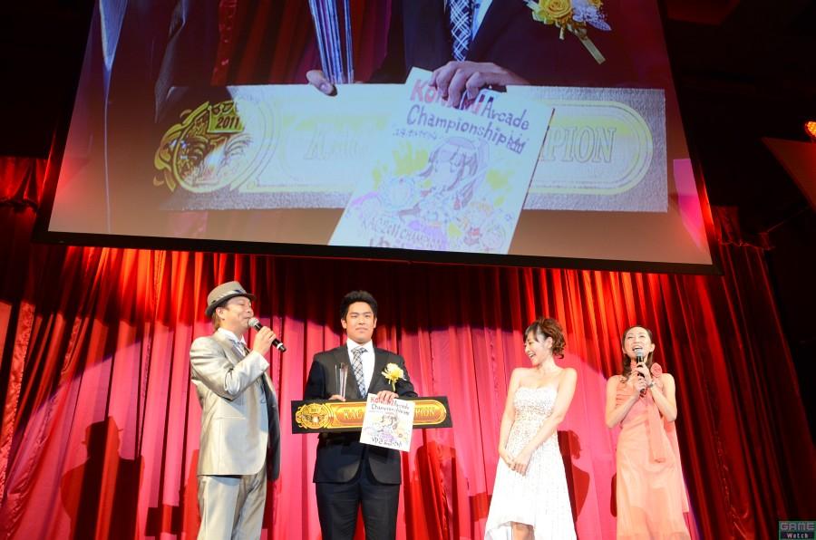 チャンピオン:ゆき&まゆゆさん、スペシャルプレゼンター:杉原杏璃さん(タレント)
