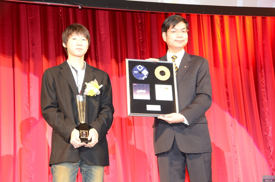 チャンピオン:VE*K.DSNさん、スペシャルプレゼンター:ショッチョー氏(サウンドディレクター)