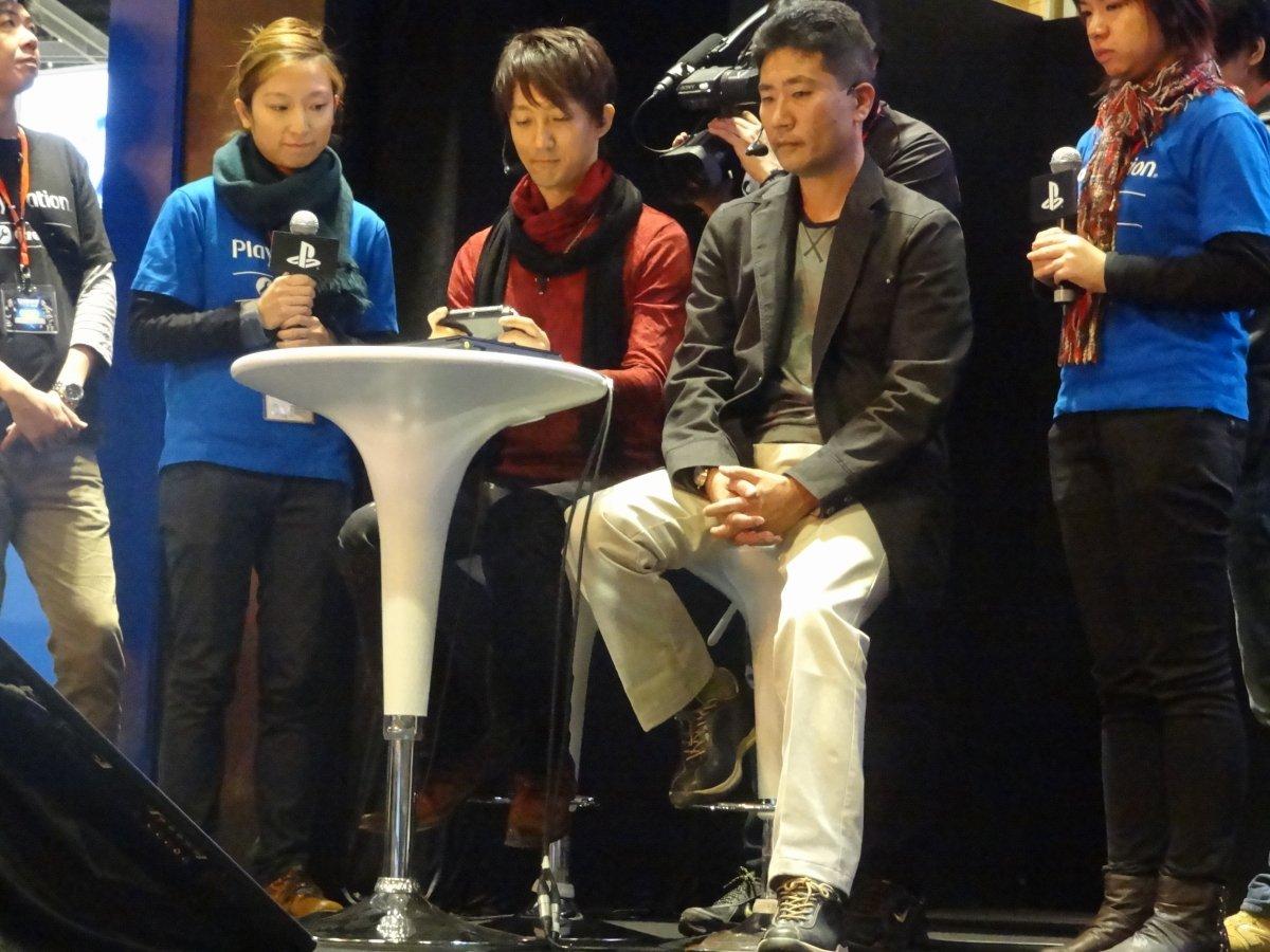 武将たちの演舞の後に小笠原氏が登場。PS Vitaの人気No.1タイトルであり、プレーヤーはもちろん、現地メディア記者の注目度も高かった