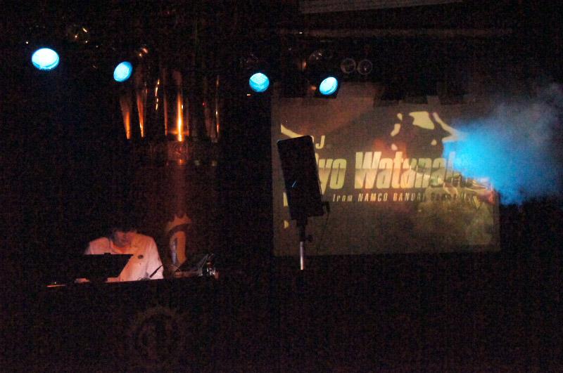 近年のシリーズ作の曲を中心に、「Synthetic Life」などツボを押さえたラインナップを展開した渡辺 量氏。会場は大盛り上がりとなった