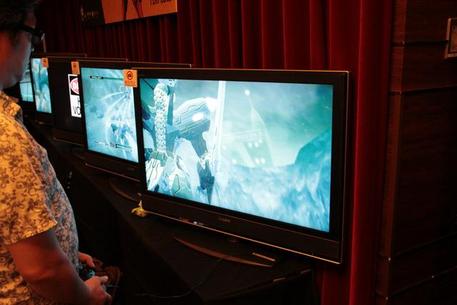 カフェ オアゼにて「Z.O.E HD」が試遊可能となっていた