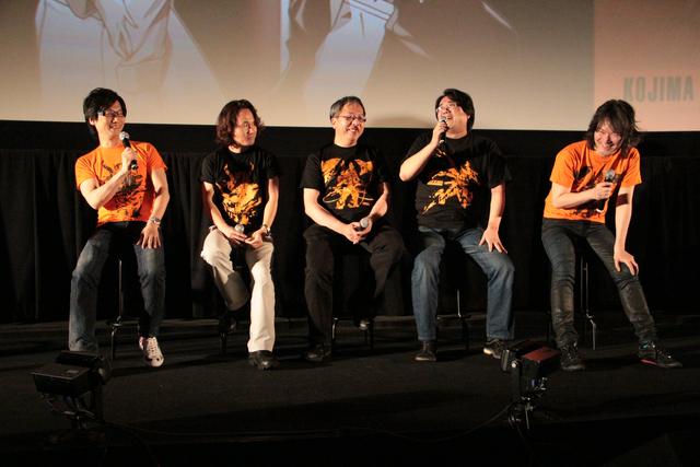 左より小島監督、新川氏、西村氏、岡村氏、村田氏。それぞれが呼び込みの際に「はいだらー!」とあいさつするのがこのイベントらしかった
