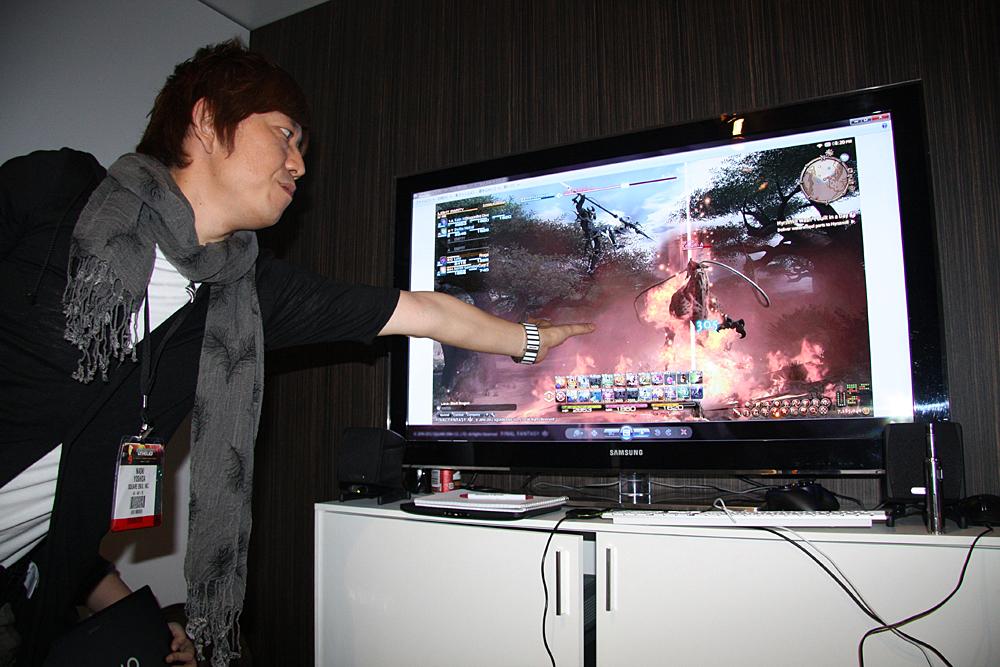 実機そのままの映像であることを解説する吉田氏