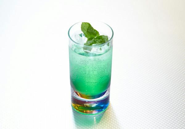 ラクーンスタイル カクテル「コードベロニカ」(ミントのお酒) 680円