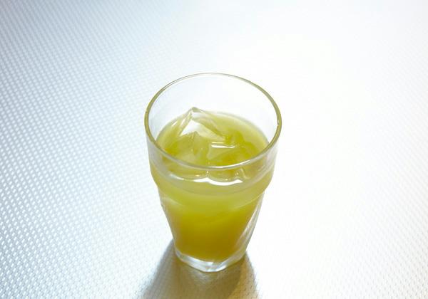 ラクーンスタイル ノンアルコール「ウィンドクレスト」(パインとオレンジのミックスジュース) 580円