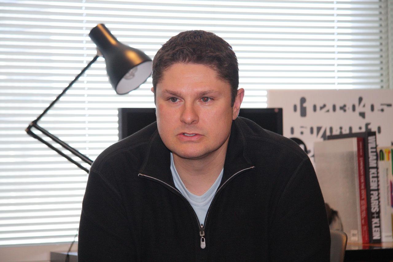 本作のシニアプロデューサーを務めるEpic Gamesのクリス・ウィン氏