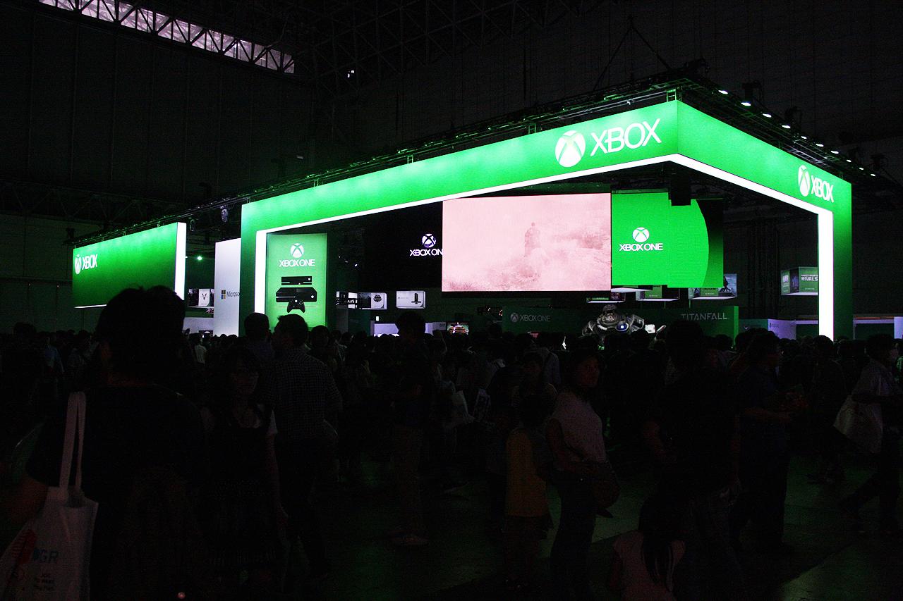 Xboxブース。Xbox Oneがズラリと並び、最新のゲームを存分に体験できた