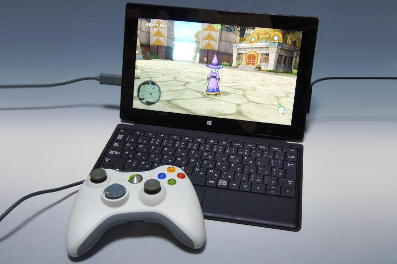 自宅では「Touch Cover」とゲームパッドを組み合わせたノートパソコンスタイルでのプレイが快適