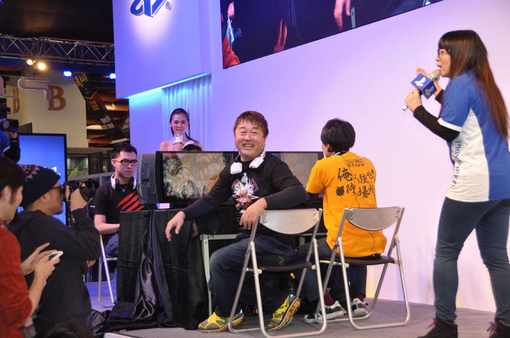 台湾の格闘ゲーマーであるGamerBee氏(左)と、RB氏。小野氏と綾野氏と対決