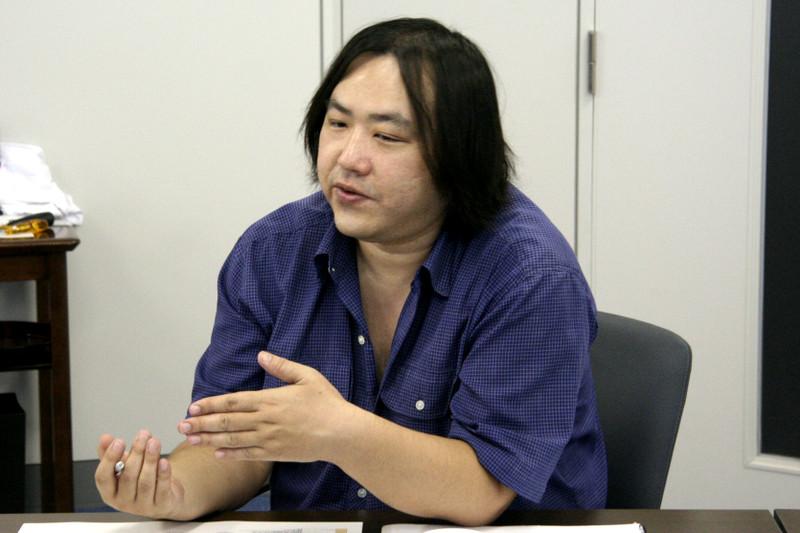 筐体デザイン担当・藤川 剛氏