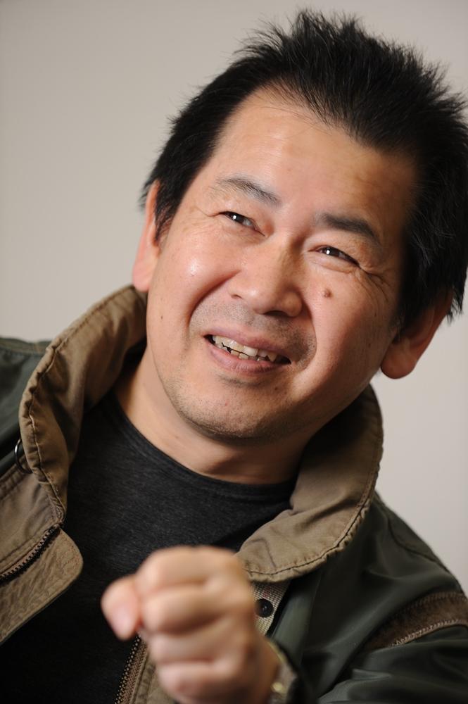 「バーチャファイター」シリーズの生みの親で本作監修の鈴木裕氏